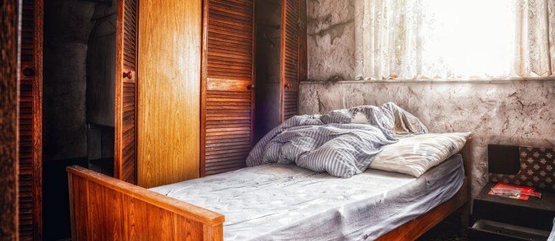 materac piankowy na łóżko