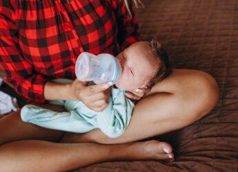 mleko hipoalergiczne w diecie dziecka